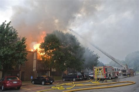 the blaze lincoln ne destroys building at thomasbrook apartments in