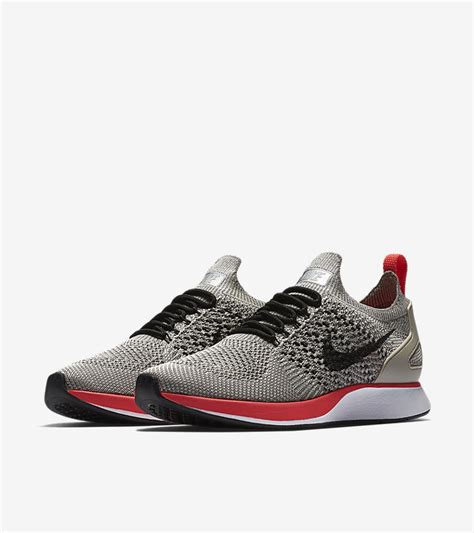 Nike Airzoom Flyknit 1 s nike air zoom flyknit racer premium string solar nike snkrs