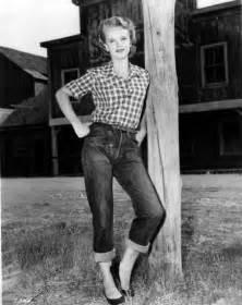 Fashion of the 1950s 1950s 1950s fashion culture fashion fashion