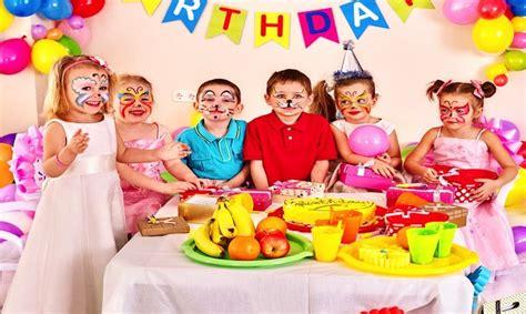 giochi da fare in casa in tre giochi di compleanno per bambini da fare in casa