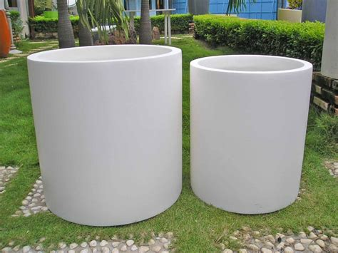 Fiberglass Outdoor Planters 22 inch grande fiberglass planter many colors