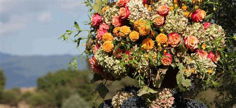 17 best images about tuscan floral on pinterest feathers http www weddingsitaly com wedding in tuscany images
