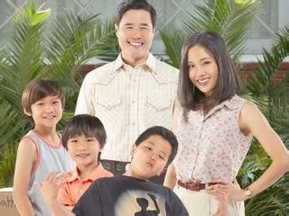 fresh off the boat season 1 imdb fresh off the boat season 1 trailers and clips at