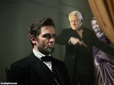 bill clinton shooting abraham lincoln pictures