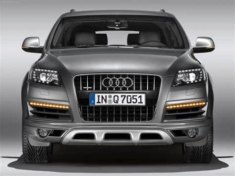 Audi Q7 (2010) picture 49 of 114