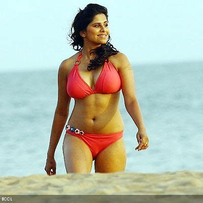 hindi film actress bikini images 58 best hot actresses images on pinterest hot actresses