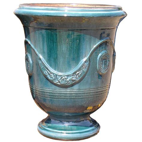 vase d anduze terre cuite 233 maill 233 e bleu terre figui 232 re