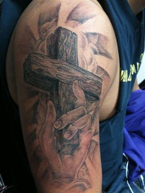 cross tattoos on upper arm jesus on cross tattoos for religious cross