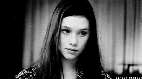 astrid berges frisbey gif icon hunt magic and stardust gif s astrid berges frisbey gif hunt