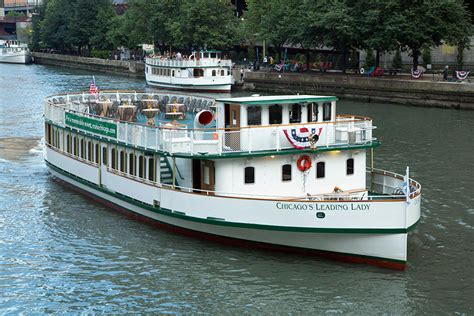 boat rental club chicago chicago s first lady cruises lake river here s chicago