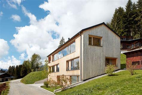 Holzhaus Am Hang by Haus Am Hang Vorarlberger Holzbaukunst