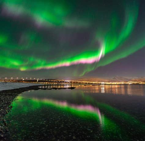 wann sind nordlichter zu sehen hurtigruten in norwegen kreuzfahrt zu den polarlichtern