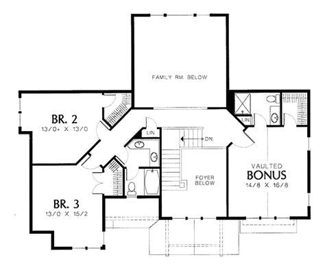 mediterranean style house plan 5 beds 3 baths 3036 sq ft mediterranean style house plan 3 beds 3 5 baths 2694 sq