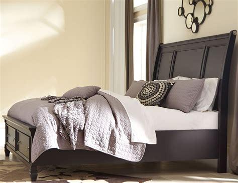 greensburg storage sleigh bedroom set from ashley b671