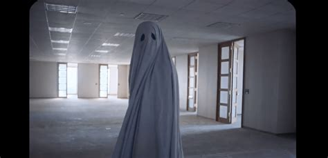 film a ghost story movie review a ghost story geek girl authority