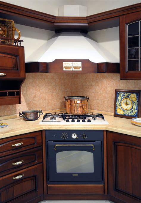 cucina piano cottura e forno cucina classica rivenditori cucine sicilia