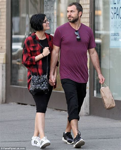 jaimie alexander kisses her stuntman beau airon armstrong