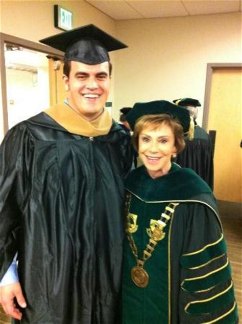 Http Www Usf Edu Business Graduate Mba by Usf Graduation Soldiers Superheroes Exceptional