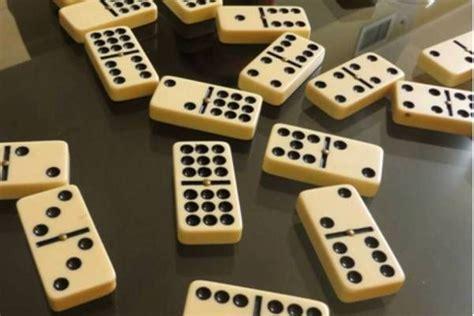 origen del domino inventor  evolucion curiosfera historia kartu beri mainan