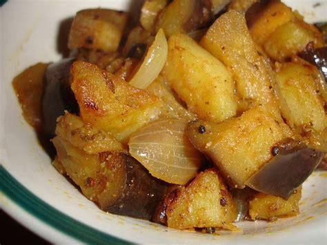 come cucinare melanzane padella melanzane con patate in padella ricetta