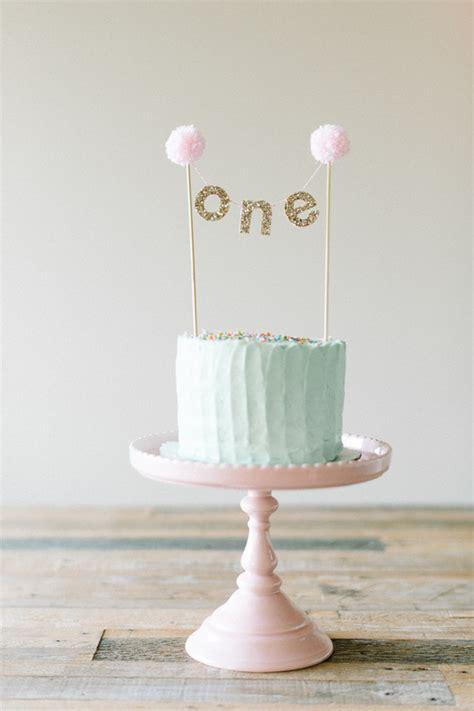 1st Birthday Cake by Cake Smash Birthday 100 Layer Cakelet
