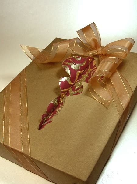 japanese gift wrap 33 best art of giftwrapping images on pinterest japanese