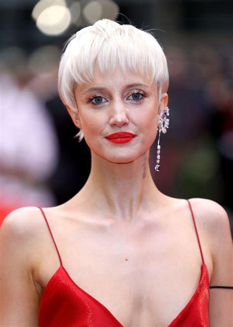 andrea kelly hair andrea kelly short hair andrea riseborough pixie short