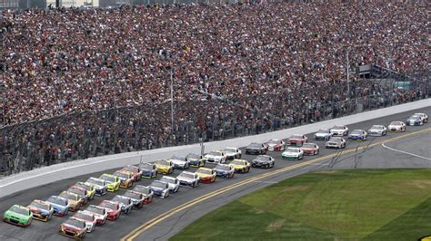 Attendance Daytona 500 by The 10 Greatest Motorsport Races In The World Special