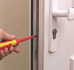 How To Change The Front Door Lock Diy Security Changing A Upvc Door Lock