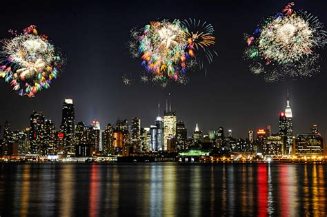 new year 2015 fireworks ny 21 best places to macy s 4th of july fireworks kid 101