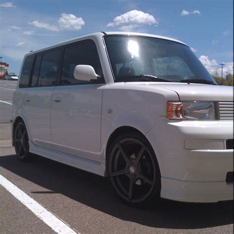 scion box car scion xb white box car wagon cars to drool over