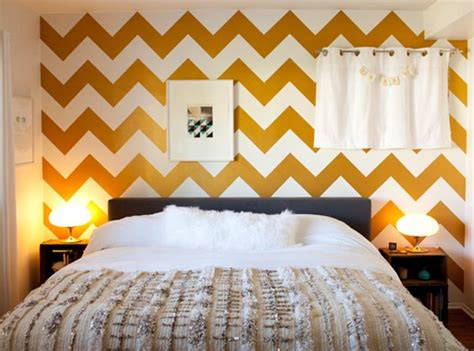 chevron bedroom 15 captivating bedrooms with geometric wallpaper ideas