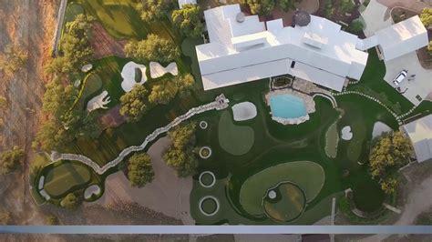golf backyard practice dave pelz s backyard golf practice area in texas golf channel gogo papa