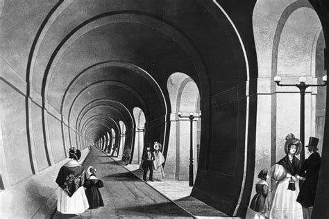 thames river tunnel bbc in pictures different ways to cross the river thames