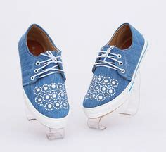 Wedges Heels Tali Belakang Flower boots semi heels ayeshashop sepatu wanita
