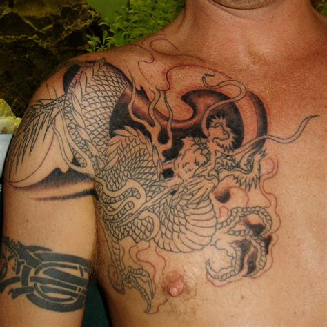 dragon tattoo designs for shoulder tattoos for guys mobile2011