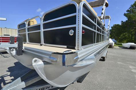 topsail boat rental topsail boat rental tritoon