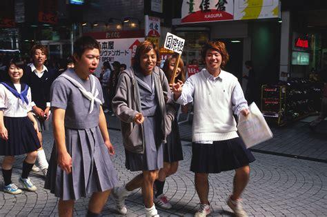cross dressing students