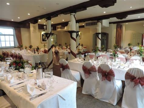 wedding packages best western plus cambridge quy mill ready for the wedding dinner picture of best western