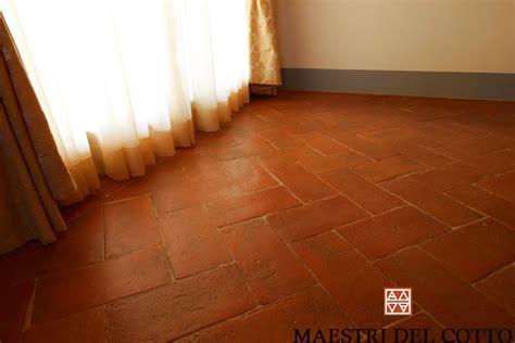 pavimenti in cotto fiorentino cotto fiorentino citt 224 della pieve perugia umbria maestri