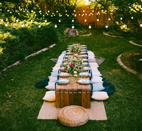 10 tips to throw a boho chic outdoor dinner green