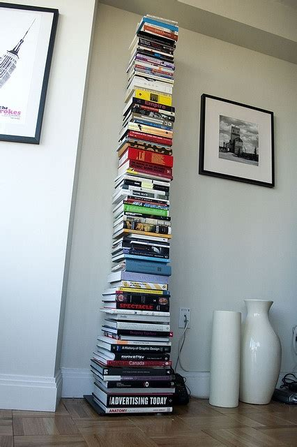 sapiens bookcase nest