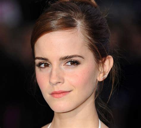 Emma Watson Selfie | emma watson posts graduation selfie after collecting her