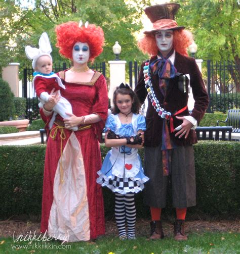 halloween themes for families tim burton