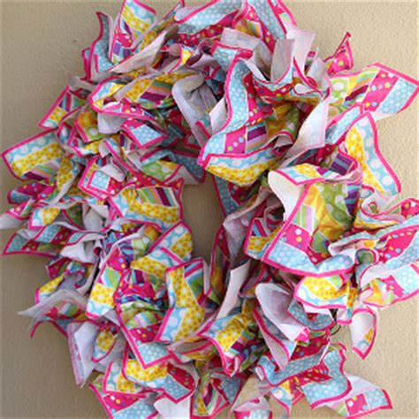 paper napkin crafts lazy minute napkin wreath allfreepapercrafts