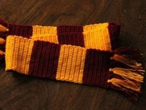 harry potter scarves knitting patterns 3 interesting harry potter scarf knitting pattern sizzle