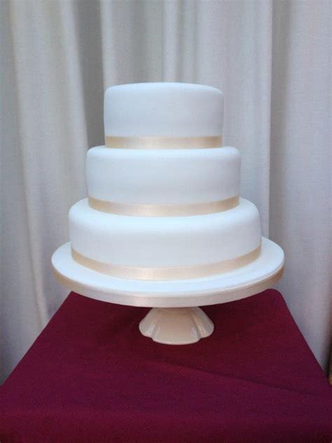 cake company leamington spa  wedding