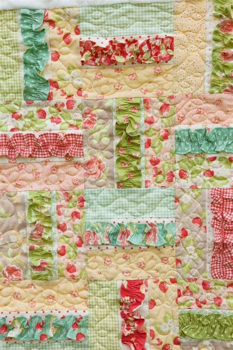 Ruffle Quilt Pattern by 17 Best Ideas About Baby Quilts On Baby