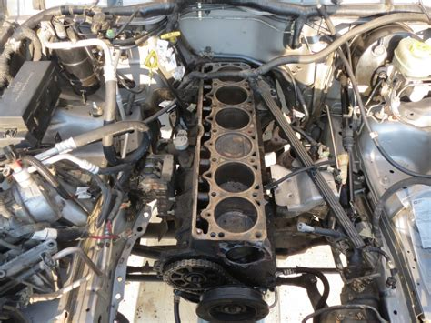 Jeep 4 0 Engine Problems Jeep 2000 4 0l Engine Installation With Pictures