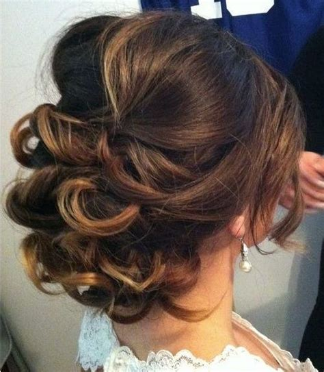 top popular news  inspirational medium curly hairstyles